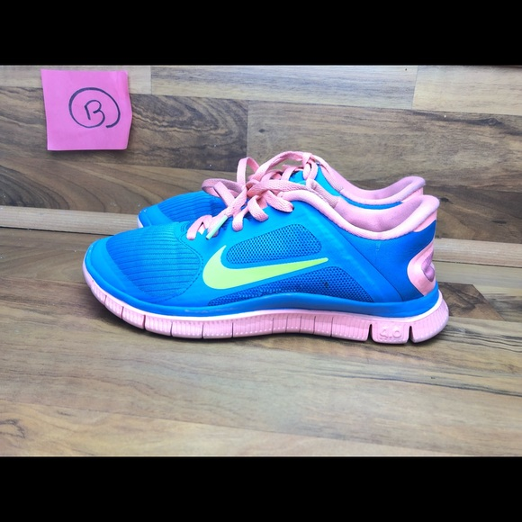 official photos 60309 e634f 💥SALE💥⬇️ Nike Free Run 4.0 v3 Womens Size 6
